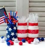 mason-jar-flags-red-white-blue-4-560x600