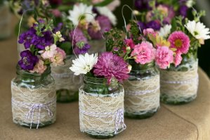 mason-jar-wedding-centerpieces-with-colorful-flowers